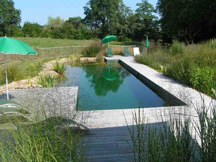 Domaine de fonroques piscine naturelle for Tarif piscine naturelle